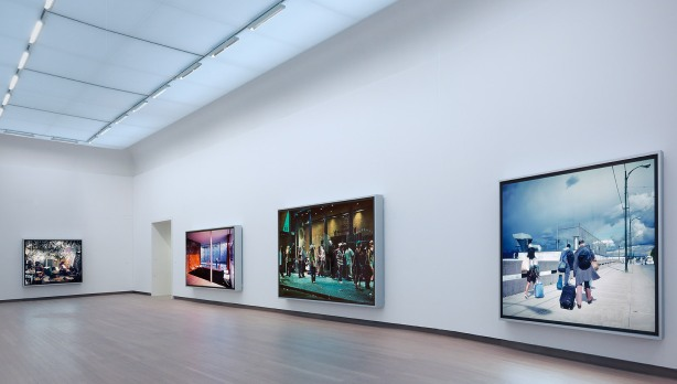 Ausstellungsansicht: Jeff Wall: Tableaux Pictures Photographs 1996-2013 - Foto: Gert Jan van Rooij
